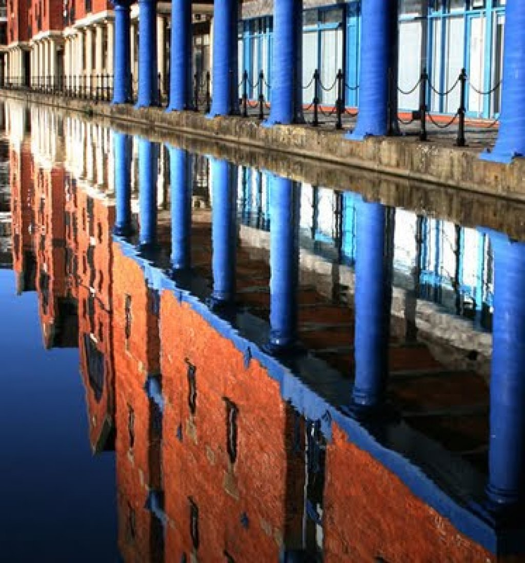 Incredible examples of reflective photography Part 2