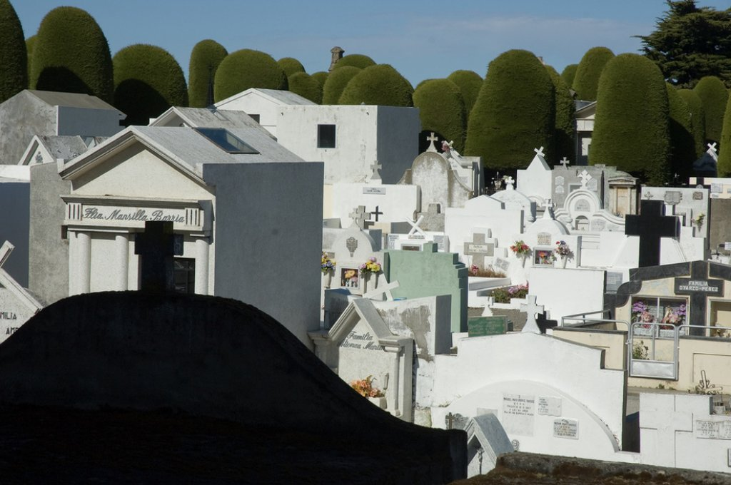 15 gorgeous cemeteries from around the world