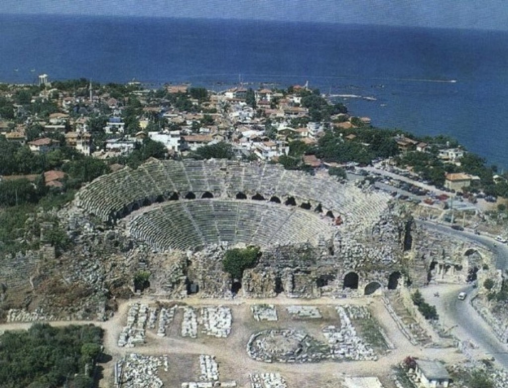 Ancient theaters still opened to visitors