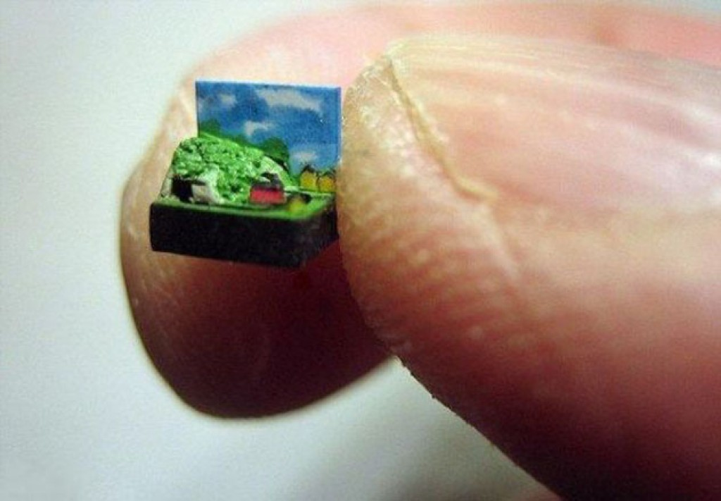 Impressive miniatures of objects