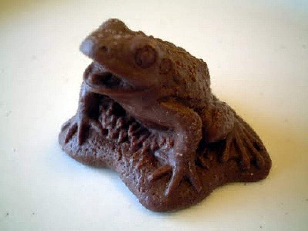 Incredible chocolate carving art Part 1